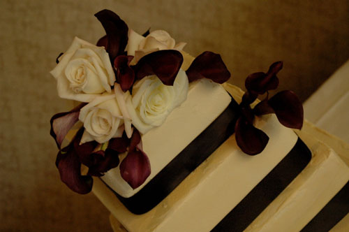 Black and White Wedding Cakes with Calla Lilies