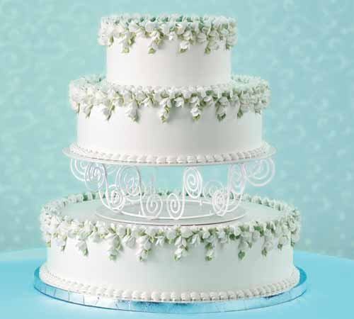 Wedding Cake Decorating Buttercream : Wedding Cupcake Buttercream Recipe   Dishmaps