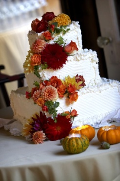Fall Wedding Cakes Designs