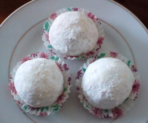 Mexican Wedding Cake Balls