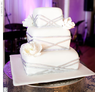 Wedding cakes modern square wedding cakes junglespirit Gallery