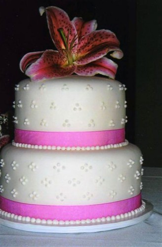 2 Tier Wedding Cakes Buttercream