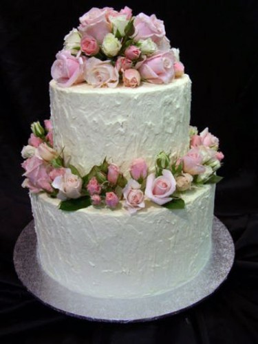 2 Tier Wedding Cakes with Roses