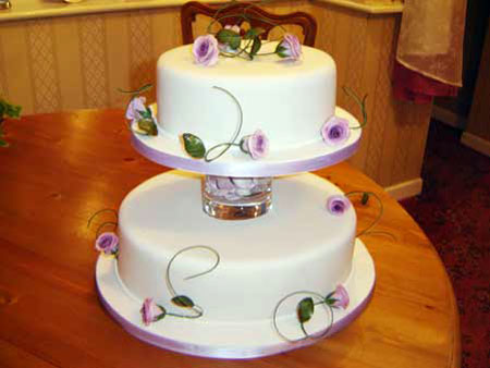 2 Tier Wedding Cakes