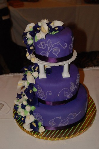 Dark Purple Wedding Cakes