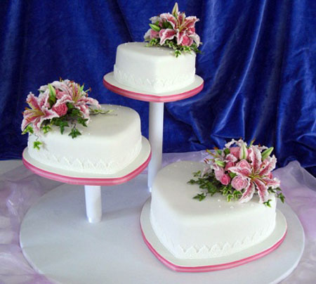 Heart Shaped Wedding Cakes Images