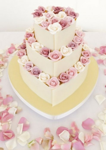 Heart Shaped Wedding Cakes with Roses