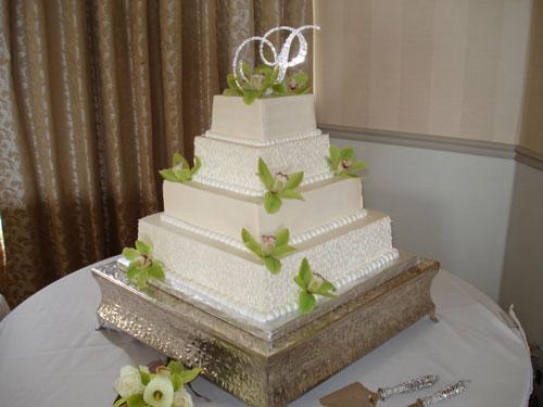 White Wedding Cakes Images