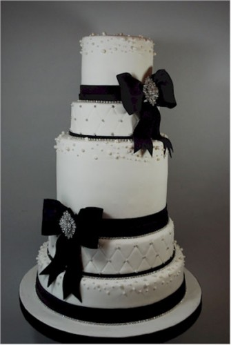 Black White Rhinestones Wedding Cakes