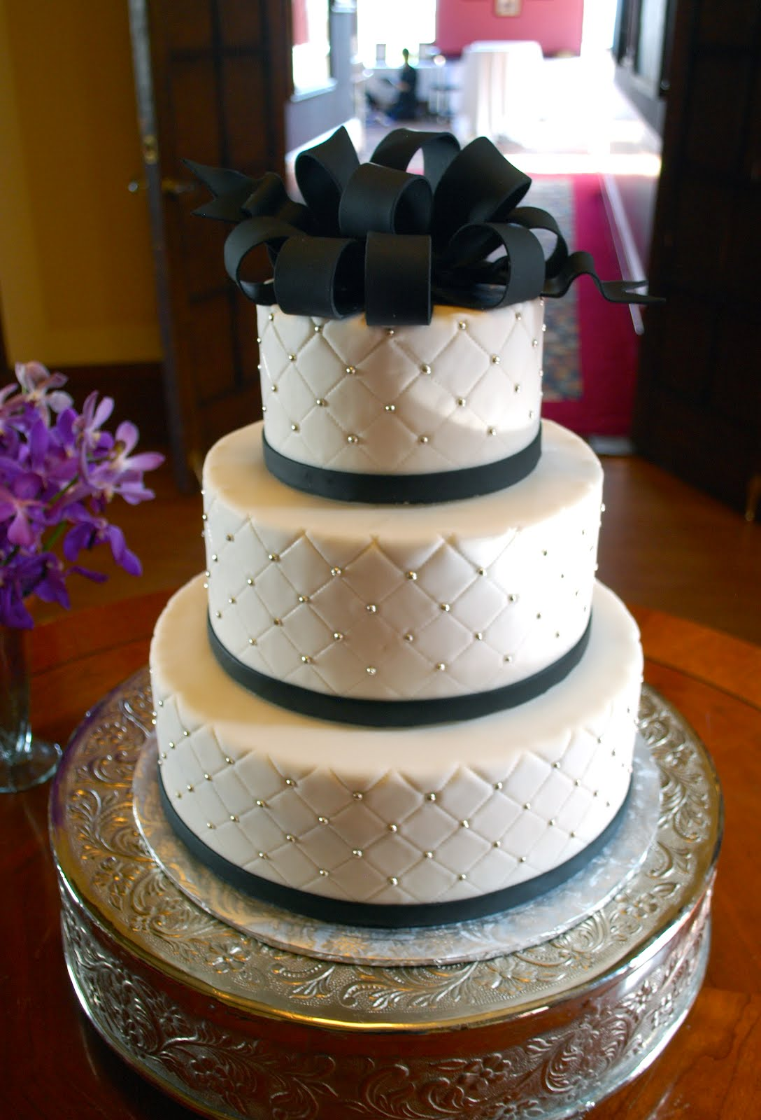 Luxury Wedding Cake with Bow