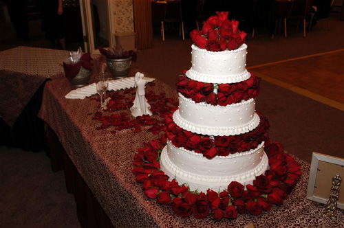 wedding cakes christmas flower
