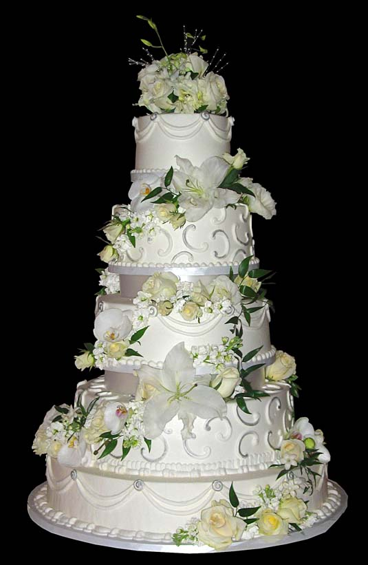 Beautiful Wedding Cakes with Flower Touch