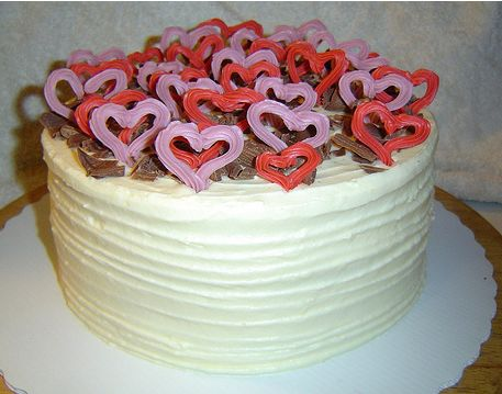 Unique Birthday Cake on Valentine Day
