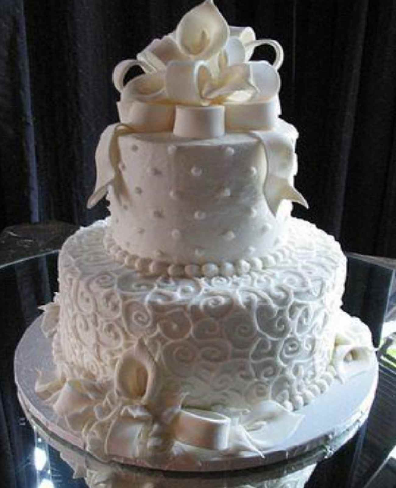 White Classic Beautiful Wedding Cakes