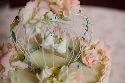 Birdcage Wedding Cake Topper 400x266 Jpg